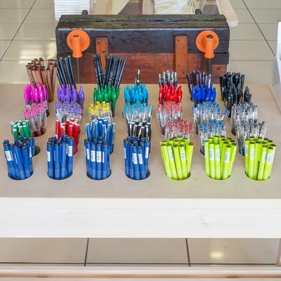 standard bindery pen table